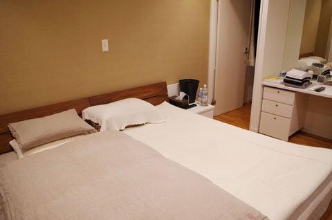 オリジナル 寝室 布団