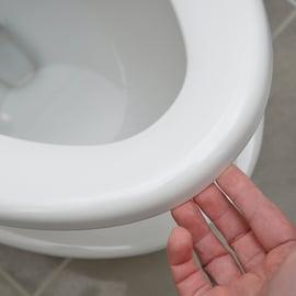 クエン酸でトイレ掃除!水垢を落とすやり方は?スプレーでパック?
