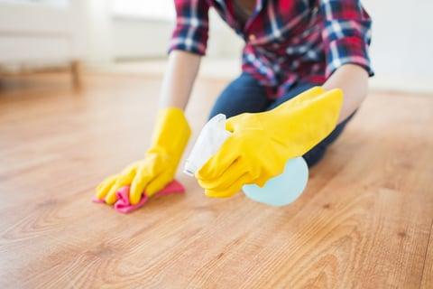 セスキを使ってフローリング掃除