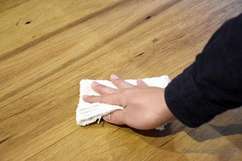 拭き掃除に使う雑巾の持ち方