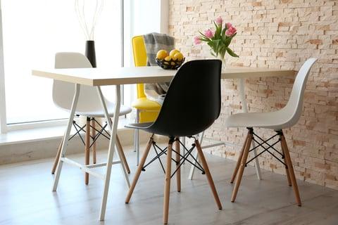 掃除しやすいテーブル