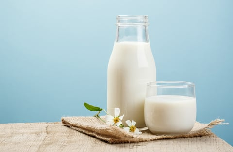 掃除に使う牛乳