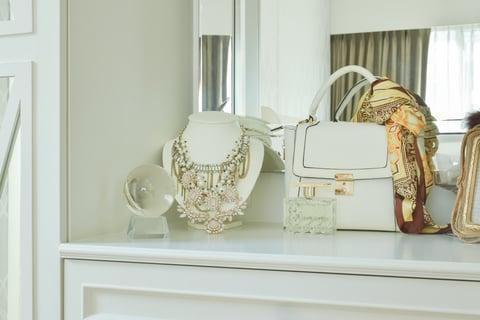 アクセサリー バッグ スカーフ 鏡