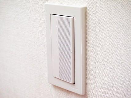 電気 スイッチ ボタン