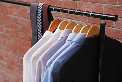 スーツの収納