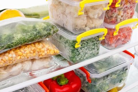 タッパー容器 野菜 冷蔵庫