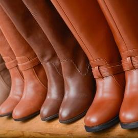 ブーツの収納方法は?型くずれさせずにうまく並べられる?
