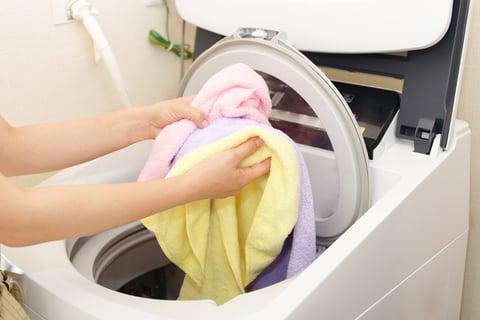 洗濯機にいれる