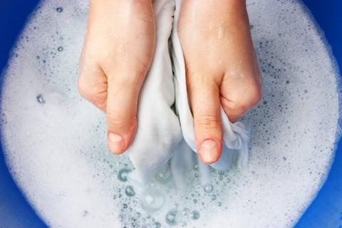 洗濯 洗剤 手洗い おけ 服