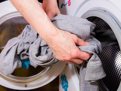 洗濯機 洗濯物 服 洗面所