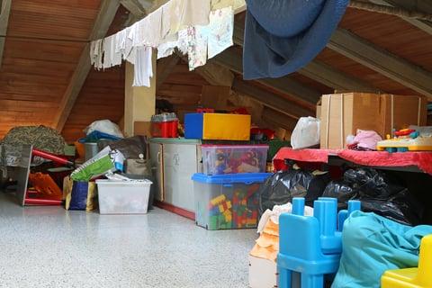 屋根裏の収納
