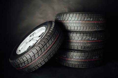 タイヤ ガレージ
