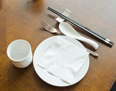 カトラリー テーブル