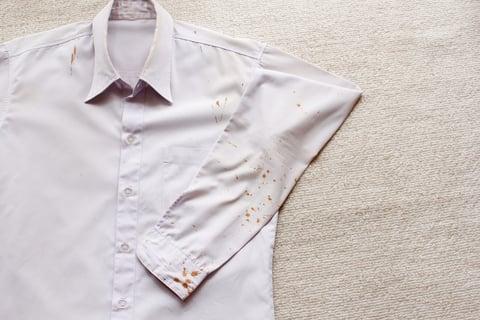 ワイシャツ シミ汚れ