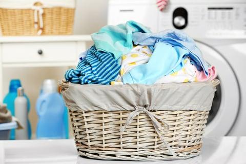 洗濯物 バスケット