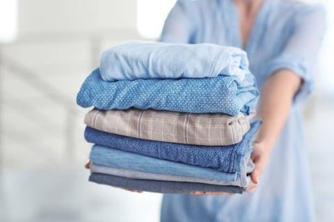 洗濯 たたむ セーター