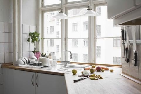 キッチン 出窓