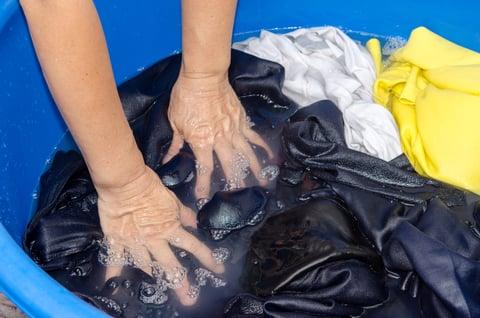 洗濯物 おけ 手洗い つけおき