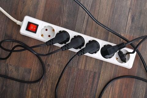 コンセント ケーブル コード 電源