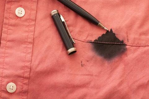 ペン インク シャツ シミ汚れ