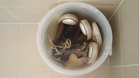 スニーカー 靴 つけおき