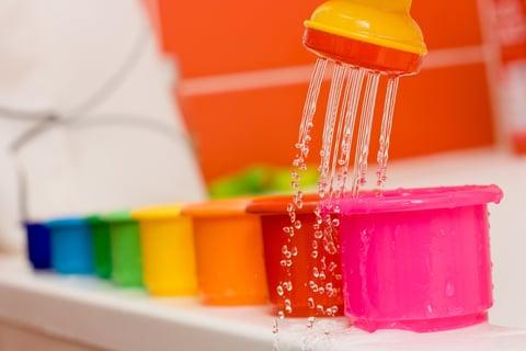 洗面器 シャワー おもちゃ