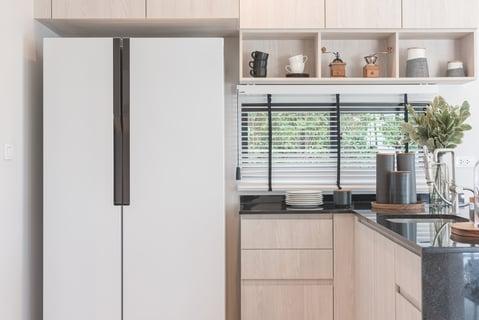 冷蔵庫 キッチン 吊り戸棚