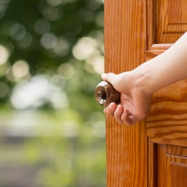 玄関の収納をおしゃれにしたい!スッキリ見せるインテリアのコツは?