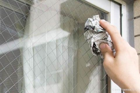 ガラス 新聞紙 掃除 窓