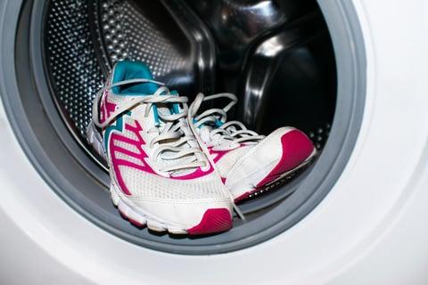 運動靴ランニングシューズを洗濯する