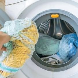 洗濯ネットで洗う