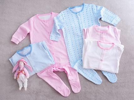 5de41db5c372b 赤ちゃんの洗濯物はどう洗う?大人物の服とは分けて洗った方がいい ...