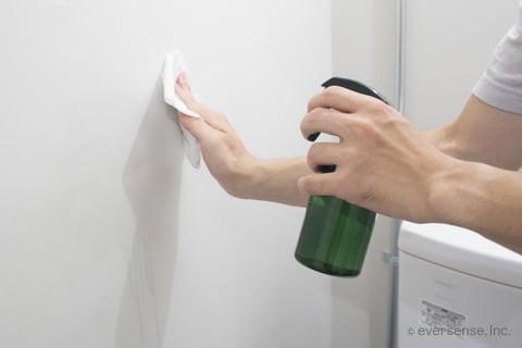 クエン酸でトイレの壁掃除