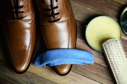 革靴のクリーニング 手入れ