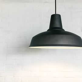 部屋の照明の掃除