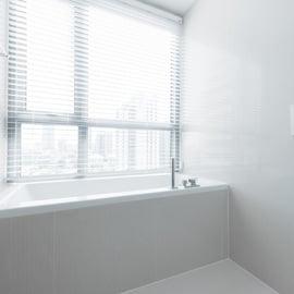 お風呂 浴室 窓