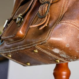 革製品のバッグについたカビ
