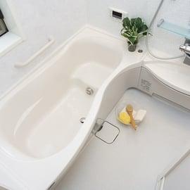 お風呂掃除はこれで完璧!正しい浴室掃除のやり方と必要な道具は?