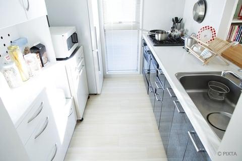 キッチンの床 家電