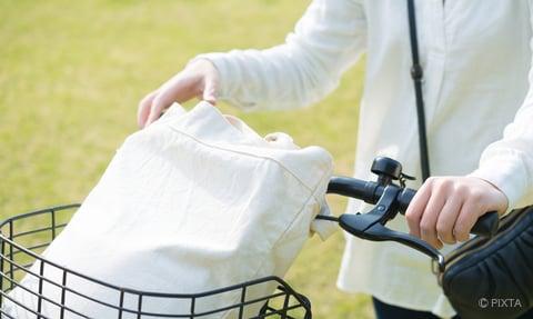トートバッグと自転車