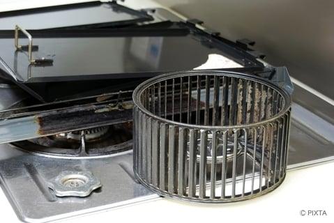 キッチンの換気扇のファン