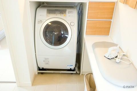 ランドリースペース ドラム式洗濯機 アイロン