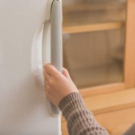 冷蔵庫が冷えないときのチェックポイント!原因や故障の見極め方は?