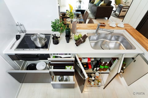 キッチンの収納スペース