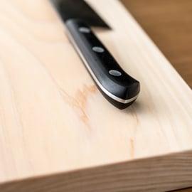 まな板のカビの取り方|黒ずみはカビキラーで落ちる?木にも使える?