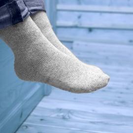 靴下の正しい洗濯方法|ガンコな汚れには下洗いがおすすめ!