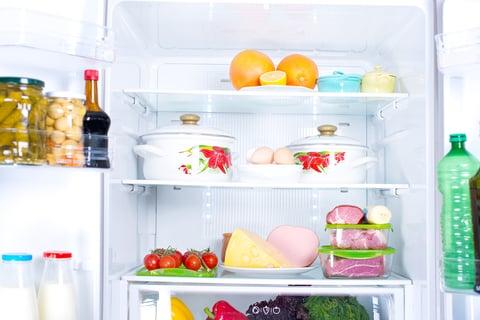 冷蔵庫に鍋