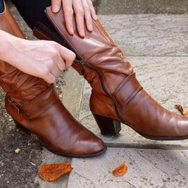 ブーツに生えたカビの取り方!キレイにカビ跡を取り除く方法は?