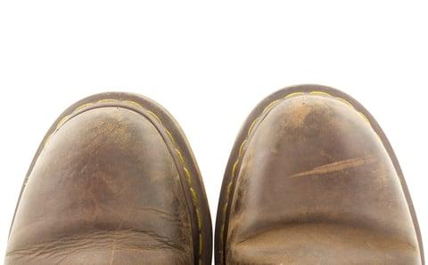革靴のシワ