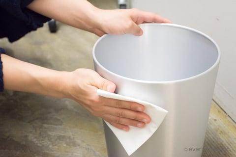 パストリーゼでゴミ箱を掃除